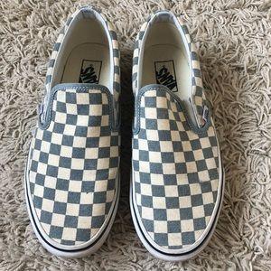 Checkered Vans Women's size 9 only worn twice!